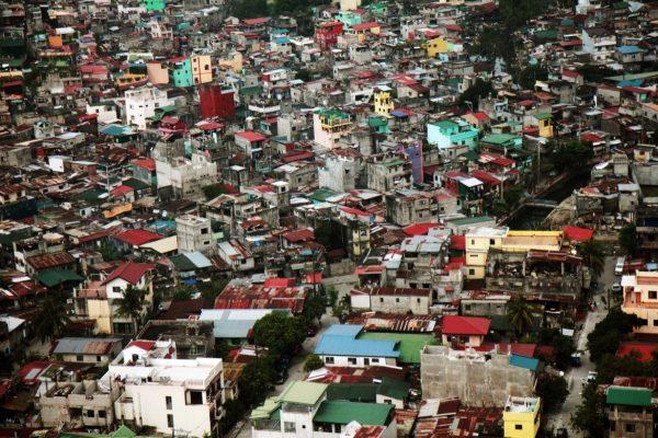 Philippines-Manila-slum